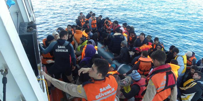 Mültecilerin Türkiye'ye iadesi başladı: Cehennemden cehenneme