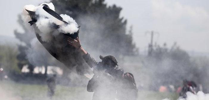 Makedonya sınırında sığınmacılara müdahale: 300 yaralı