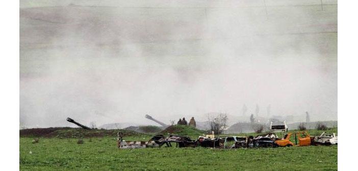 Karabağ'da çatışmalar devam ediyor