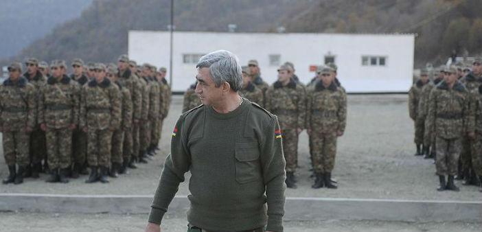 Sarkisyan üç üst düzey yetkiliyi görevden aldı