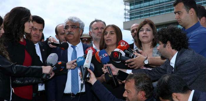 HDP'liler, dokunulmazlıklar için AYM'ye başvurdu
