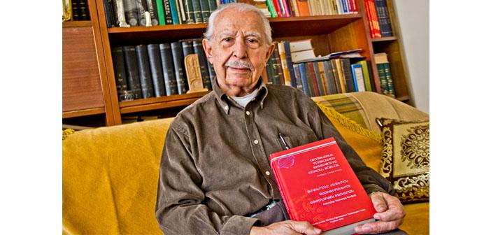 Yetvart Kovan'dan yedi yıllık emek ürünü sözlük