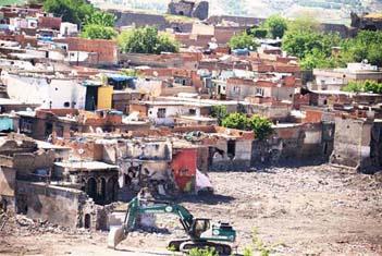 Sur'daki yıkım ortaya çıktı