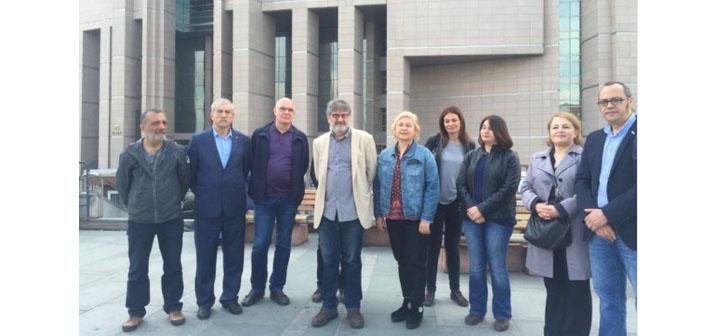 Özgür Gündem'in dayanışma kampanyasına katılan 12 gazeteciye soruşturma