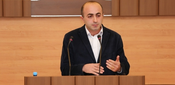 Karabağ milletvekiline saldırı