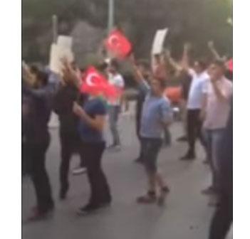 İstanbul Almanya Konsolosluğu önünde nefret söylemi