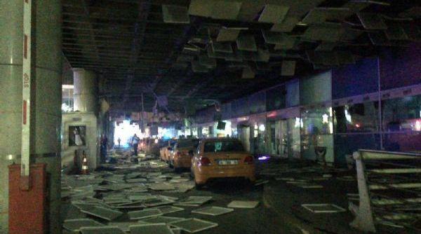 Atatürk Havalimanı'nda canlı bomba saldırısı