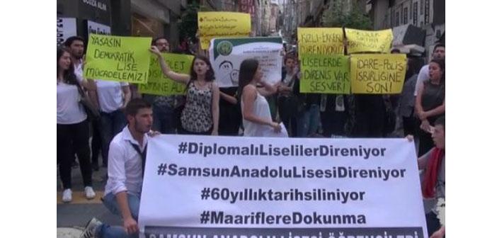 Okullarına polis giren Samsun Anadolu Lisesi öğrencilerinden eylem