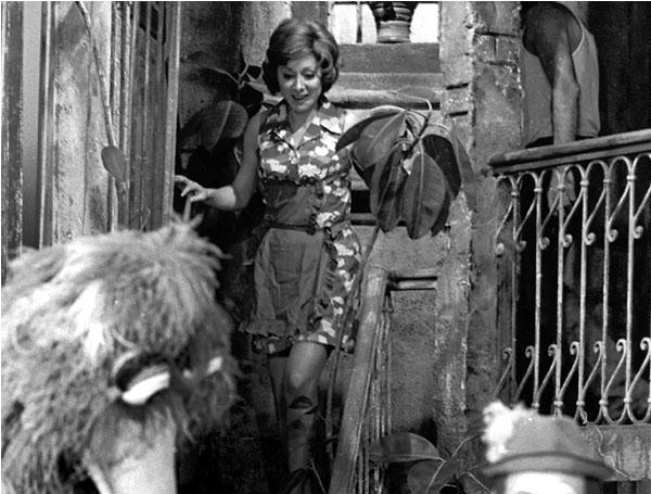 Susam Sokağı'nda Aracy Balabanian (1972)