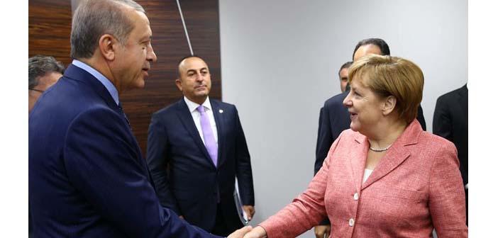 Der Spiegel: Erdoğan'dan Merkel'e İncirlik için Soykırım tasarısı baskısı