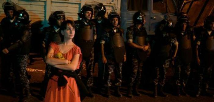 Yerevan'da sanatçılar da sokakta