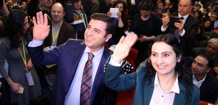 HDP'den müzakere çağrısı: Silahlar sussun, fikirler konuşsun