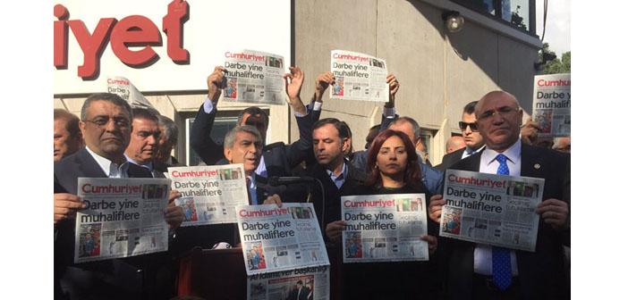 «Ջումհուրիյեթ»-ի դիմաց բողոքի ցույցը շարունակվում է