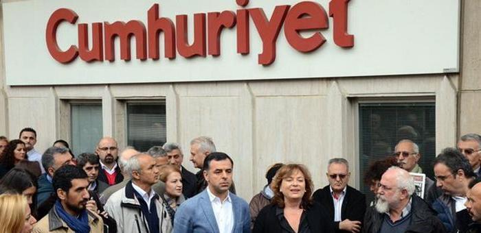 Cumhuriyet Genel Yayın Yönetmeni Sabuncu dahil 9 gazeteci tutuklandı