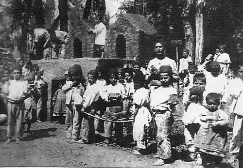 Orphan children in American Mission at Van (around 1900)