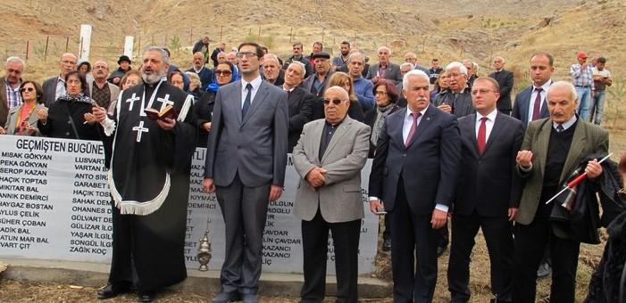 Zara'da Ermeni mezarlığı açıldı