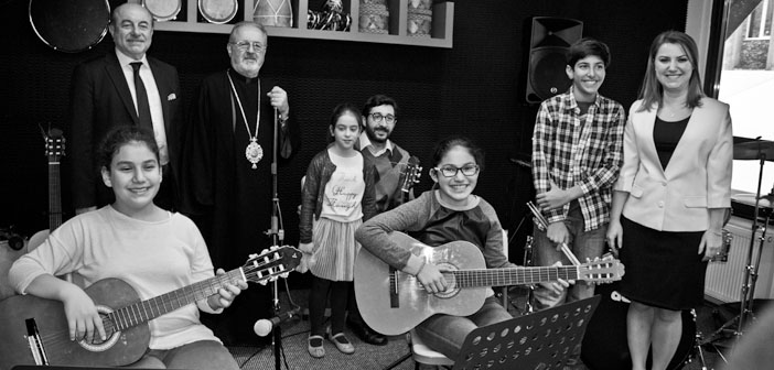 Nadya-Dikran Gülmezgil Sanat Atölyesi açıldı
