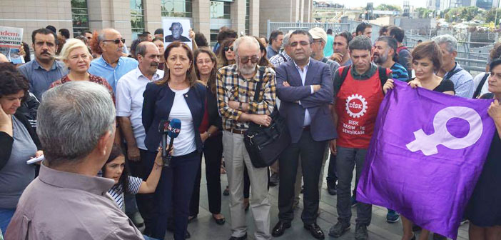 Özgür Gündem trials start: first hearing postponed