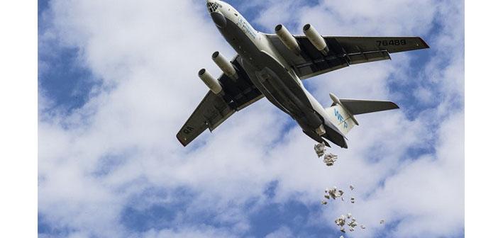 BM, Der Zor'a havadan gıda yardımına yeniden başladı
