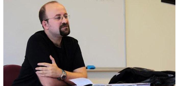 Akademisyen Köprülü istifa etti