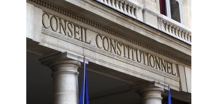 Fransa'da inkar yasası Anayasa Konseyi'ne takıldı