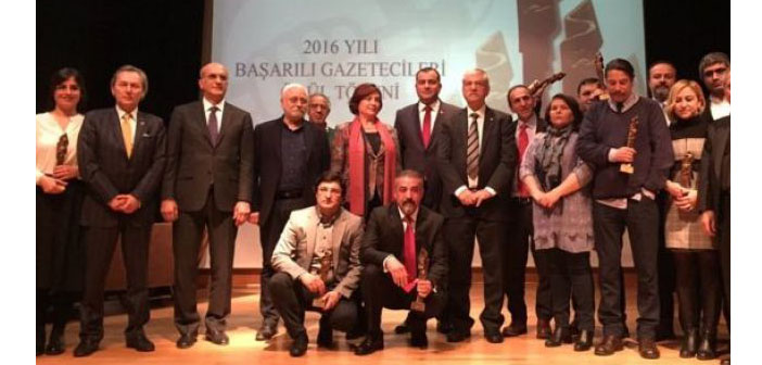 ÇGD Dayanışma Ödülü tutuklu gazeteciler adına Şık'a