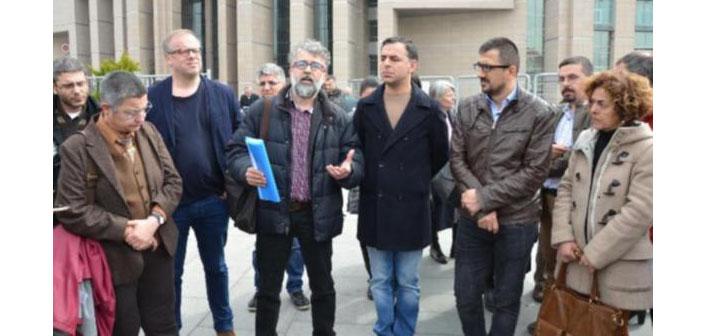 Özgür Gündem davaları: Nesin hakkında yakalama kararı