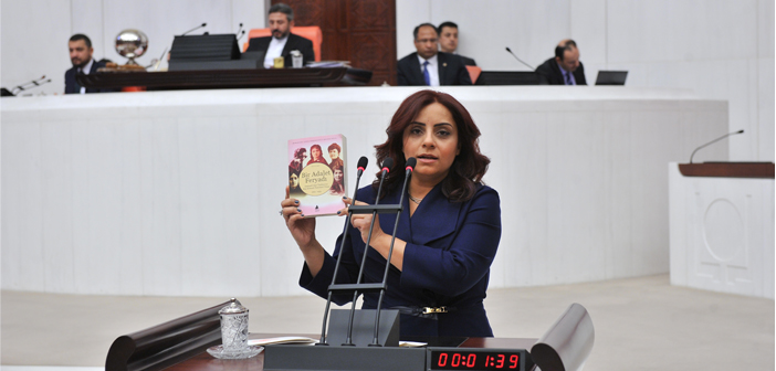 Feminist Armenian women commemorated in the parliament