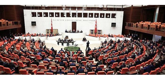 Anayasa paketinden üç madde yürürlüğe girebilir