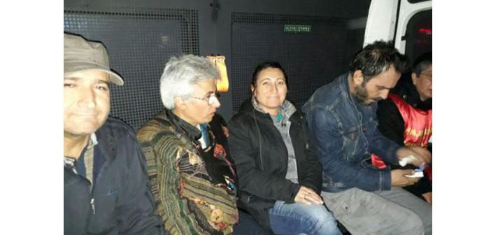 Yüksel Caddesi'ne yine polis saldırısı: Özakça'nın annesi de gözaltında