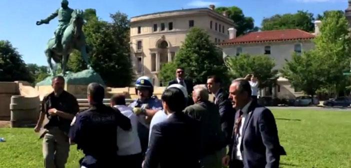 Washington'da büyükelçilik önünde kavga: Erdoğan'ın korumaları protestoculara saldırdı