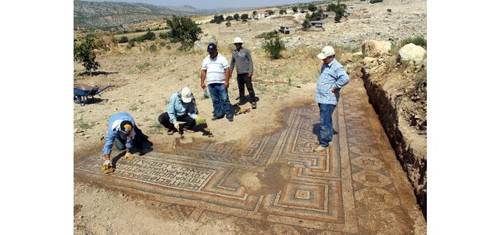 Adıyaman'da 5. yüzyıla ait mozaik bulundu