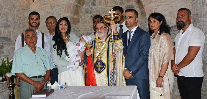 Didim'deki şapelde 150 yıl sonra ilk vaftiz töreni