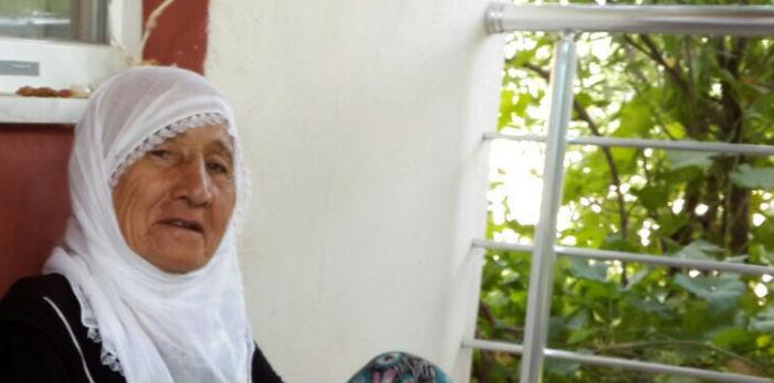 """76 yaşındaki kadına """"Ermeni'sin"""" tacizi"""