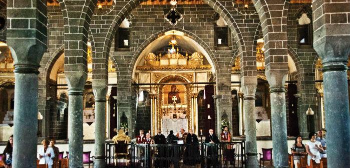 Diyarbakır kiliseleri hala ibadete kapalı