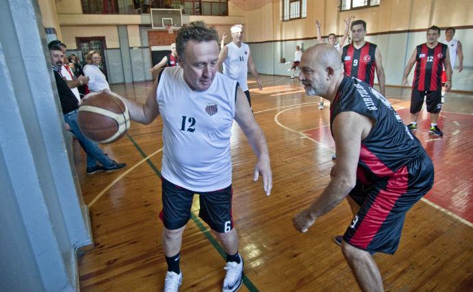 Tatavla'nın basketçileri İstanbul'da buluştu