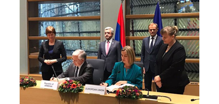 Ermenistan ve AB arasında imzalar atıldı