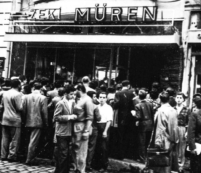 1950'li yıllarda İstanbul'da tutku ve zarafet
