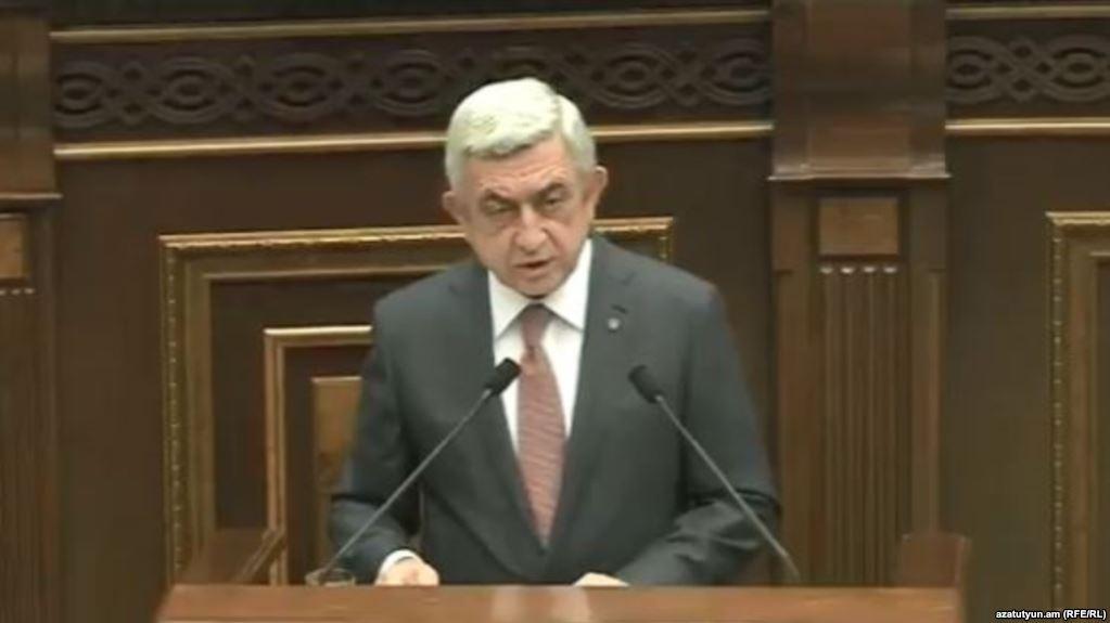 Serj Sarkisyan Başbakan, eylemler şiddetleniyor