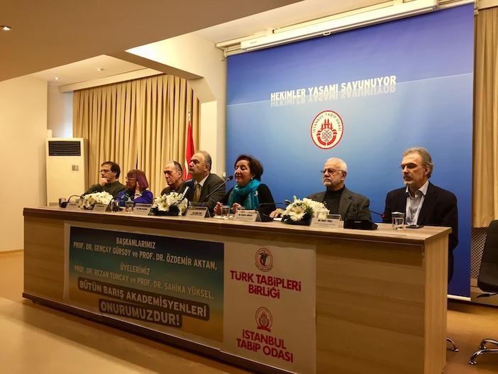 Gençay Gürsoy: Yargılamanın başından beri hedef alındım