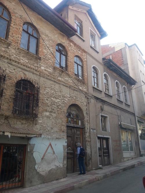 Sofia Kalantaryan Kütahya sokaklarında
