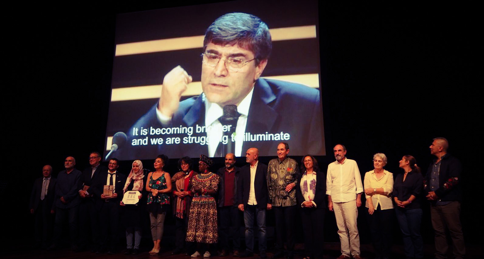 The 2018 International Hrant Dink Award goes to Murat Çelikkan and Mwatana