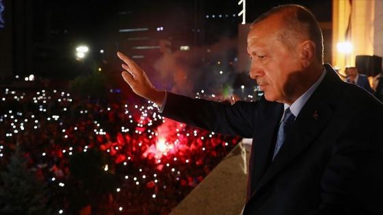 'Parti-devlet büyük kentlerde hegemonya kuramadı'