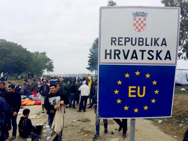 Sırbistan-Hırvatistan sınırında sığınmacı krizi