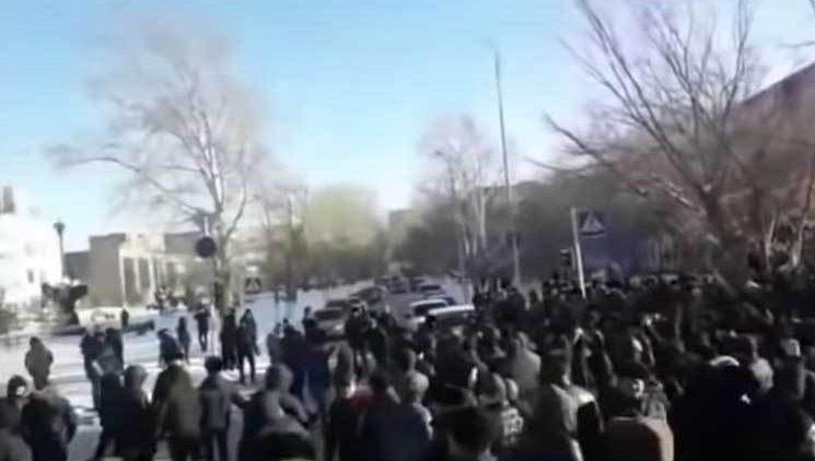 Kazakistan'da Ermeni karşıtı gösteriler
