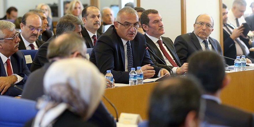 Kültür Bakanı Ersoy: Vakıf seçimleri yönetmeliği patrik seçiminden sonra yayınlanacak