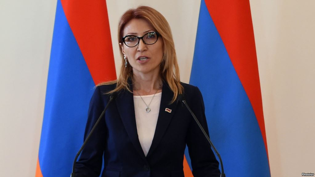 Ermenistan'da Çalışma ve Sosyal İlişkiler Bakanı istifa etti
