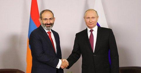 Putin ile  Paşinyan Soçi'de buluştu