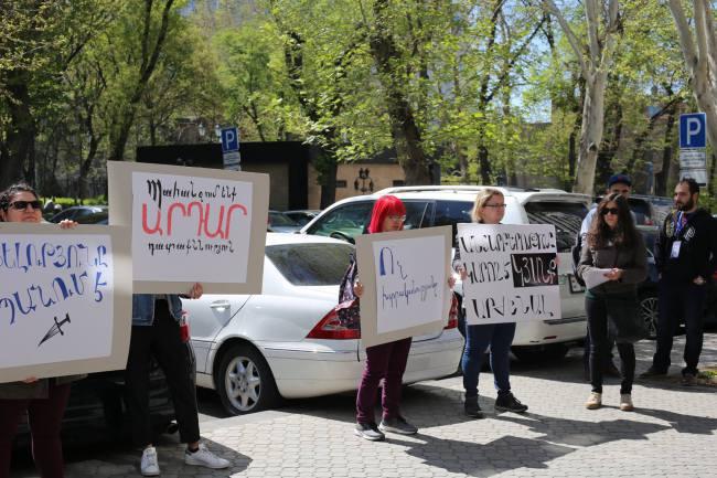 Ermenistan'da  LGBTI aktivistlerine saldırı