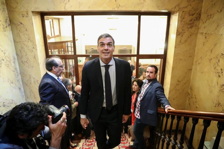 İspanya'da iktidar Sosyalist Parti'ye geçti